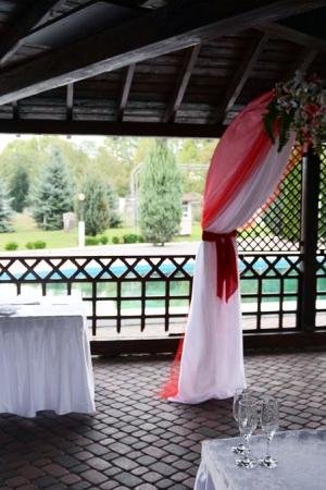 Арка на виїзну церемонію Ужгород